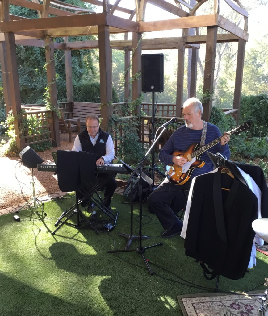 atlanta-musicians-prepare-for-gig